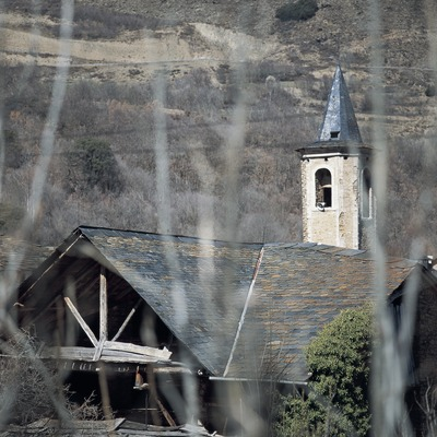 Glockenturm der Pfarrkirche Sant Sadurní o Sant Serni d'Altron.  (Kim Castells)