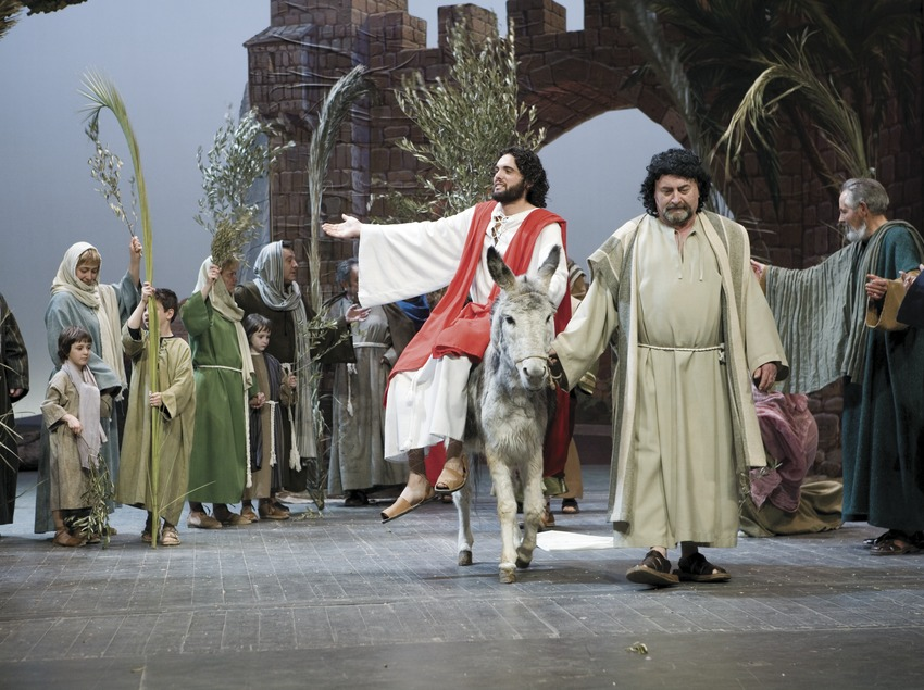 Entrada de Jesús a Jerusalem en la representació de la Passió.  (Oriol Llauradó)