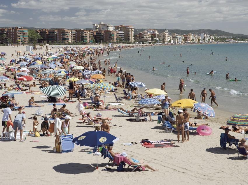 Strand des Ortes (Nano Cañas)