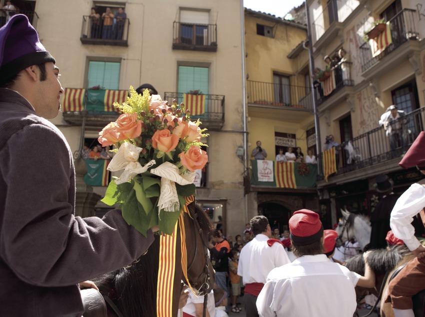 Padrí durant la Festa de la Llana i del Casament a Pagès.  (Oriol Llauradó)