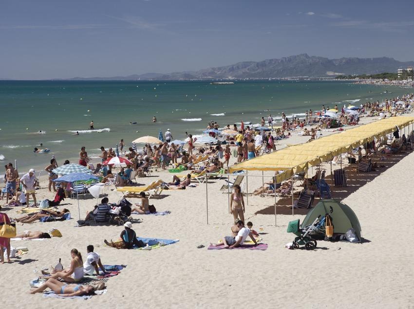 Local beach  (Nano Cañas)