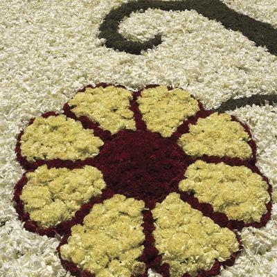 Adornos de las calles con alfombras de flores el día de Corpus.  (Oriol Llauradó)