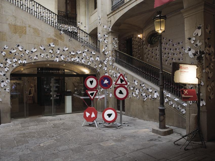 Patio y escalera de entrada del Ateneu Barcelonès.  (Nano Cañas)