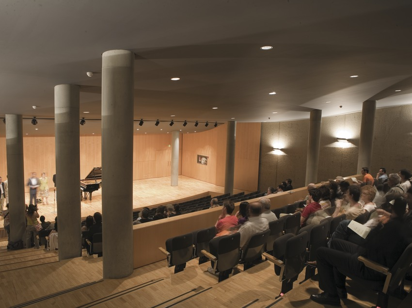 Interior del auditorio Enric Granados (Oriol Llauradó)