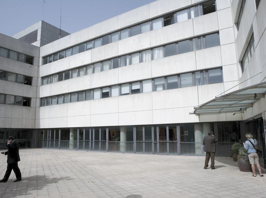 Exterior del Hotel Serhs Campus, en la Universidad Autónoma de Barcelona  (Oriol Llauradó)