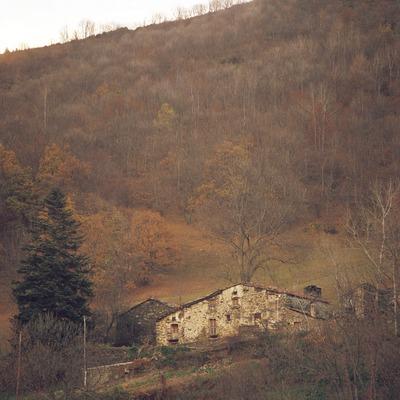 Masia a la Vall de Camprodon.  (Kim Castells)