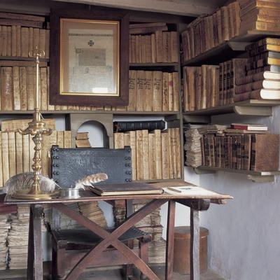 Biblioteca de Jacint Verdaguer. Casa-Museu Jacint Verdaguer  (Kim Castells)