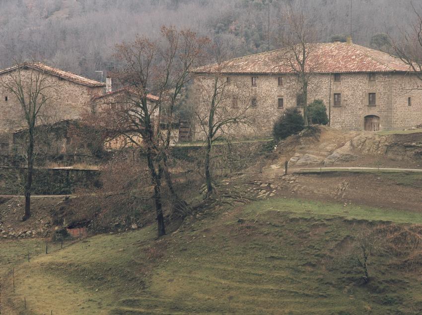 Country houses in Falgars d'en Bas.  (Kim Castells)
