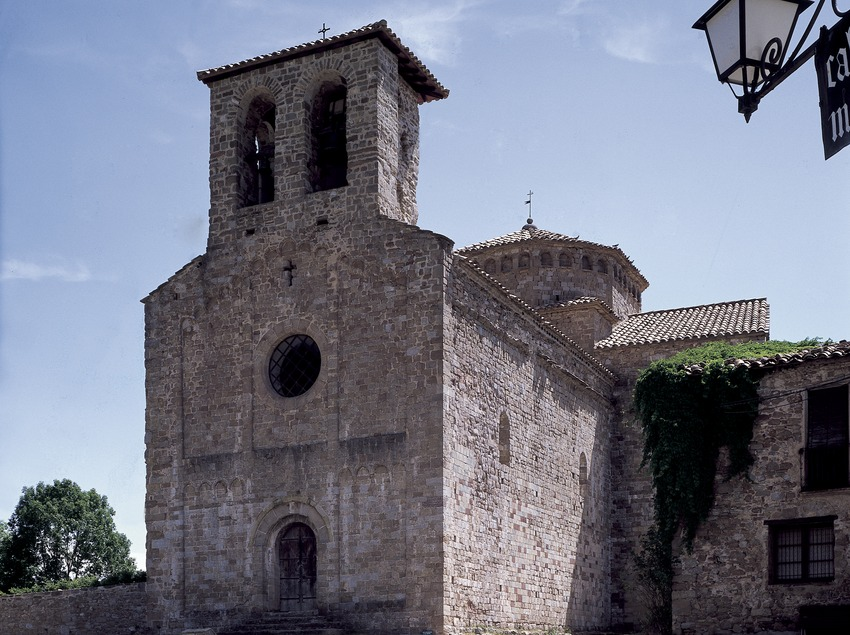 Façade of the church in the Sant Jaume de Frontanyà monastery