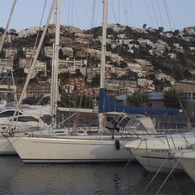 Embarcacions amarrades al Port de Roses  (Marc Ripol)