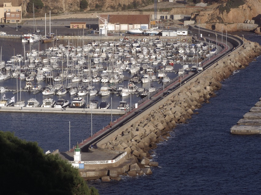 Vista general del Port de Sant Feliu de Guíxols  (Marc Ripol)
