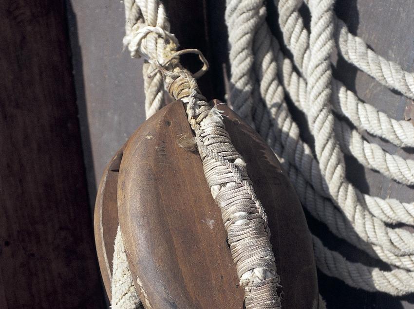 Poulie d'une embarcation  (Marc Ripol)