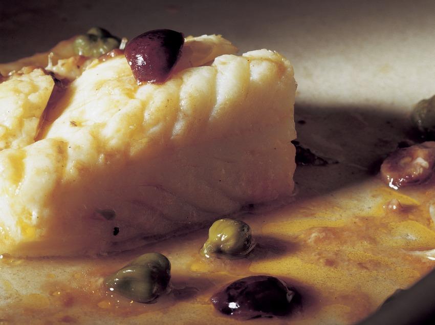 Bacallà amb olives.  (Imagen M.A.S.)