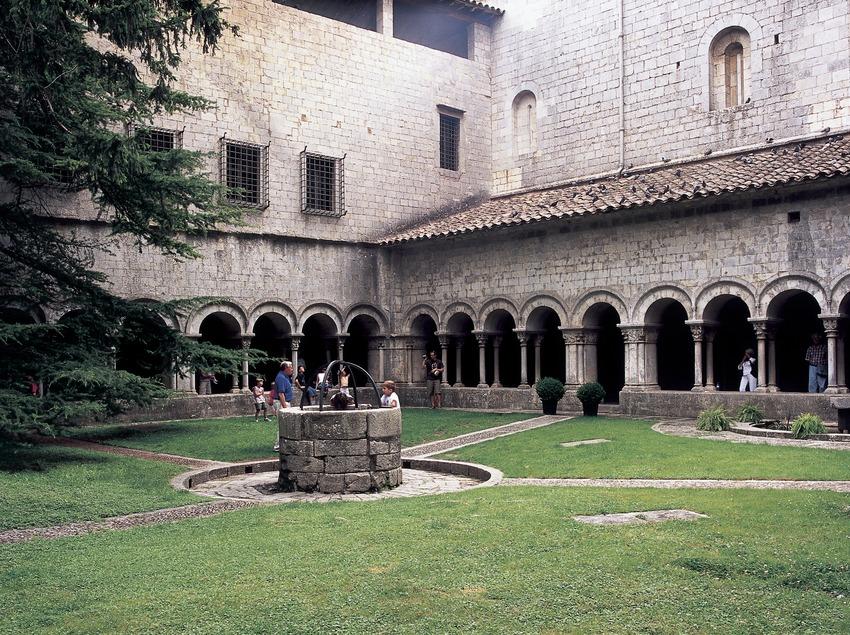 Claustre de la catedral de Santa Maria.  (Imagen M.A.S.)