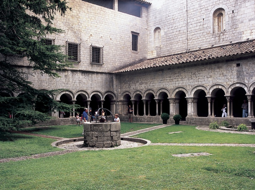 Cloister of the cathedral of Santa Maria.  (Imagen M.A.S.)