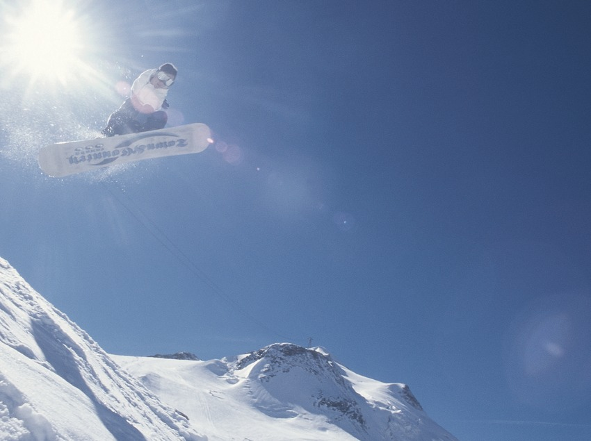 Surf des neiges. Sauts.  (Daniel Julián)