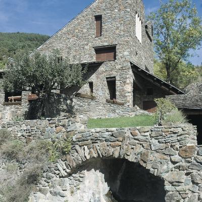 Arquitectura popular pirinenca