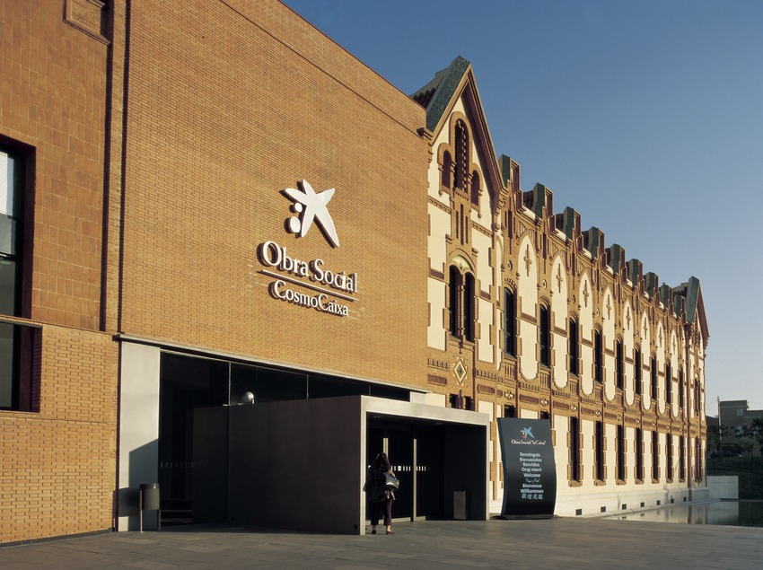 Façana del CosmoCaixa.  (Imagen M.A.S.)
