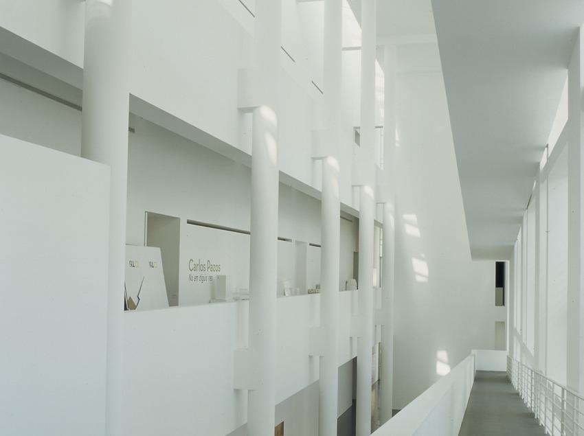 Interior del Museu d'Art Contemporani de Barcelona (MACBA).  (Imagen M.A.S.)
