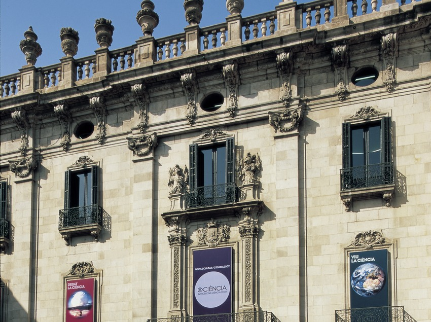 Façana del Palau de La Virreina.  (Imagen M.A.S.)