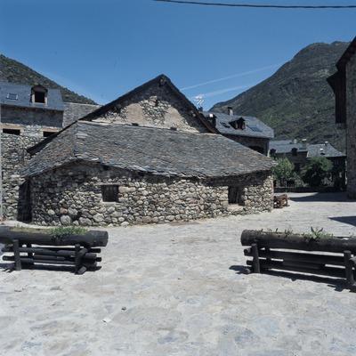 Carrer d'Erill la Vall.  (Imagen M.A.S.)