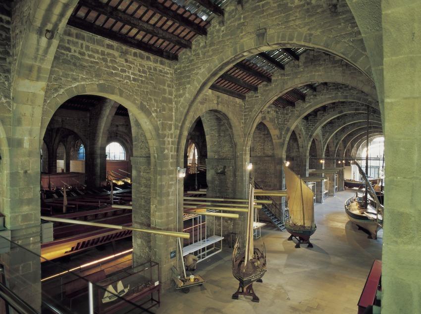 Interior del Museu Marítim de Barcelona.  (Imagen M.A.S.)