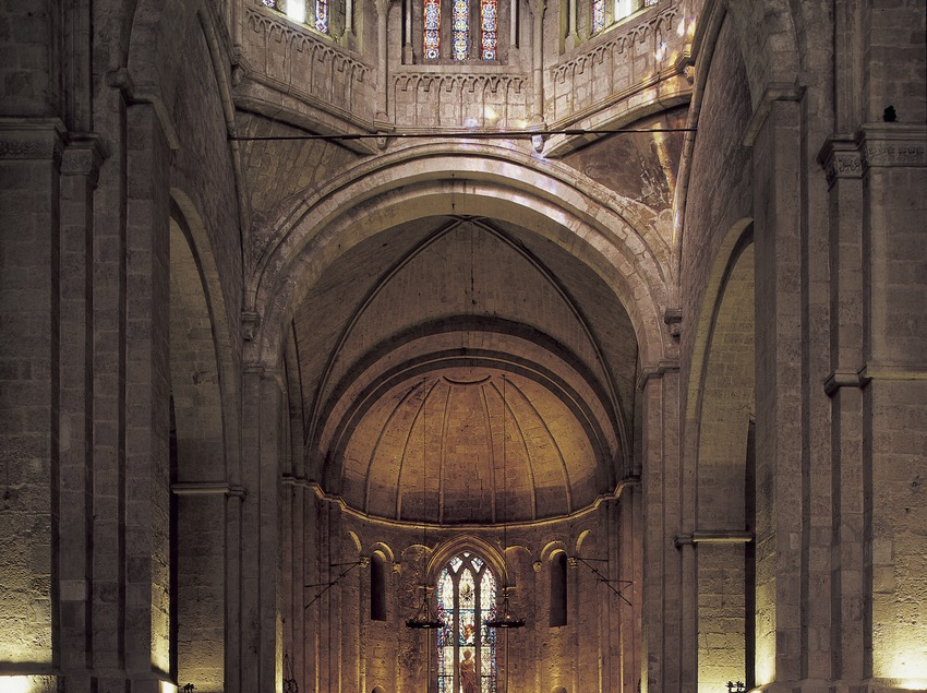 Central nave of the church of Sant Cugat d'Octavià monastery  (Imagen M.A.S.)