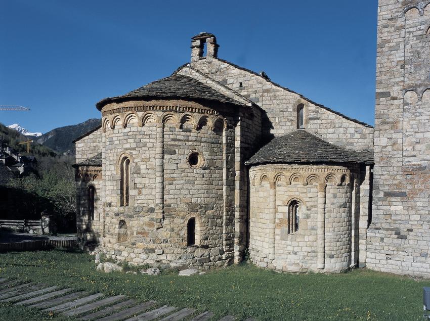 Ábside y absidiolo de la iglesia de Sant Climent de Taüll.
