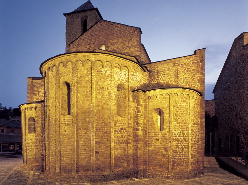 Apse of the cathedral of Santa Maria d'Urgell.  (Imagen M.A.S.)
