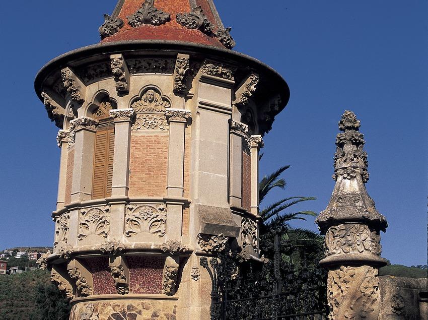 Tour du gouverneur, ancienne école des frères des écoles pies.  (Turismo Verde S.L.)