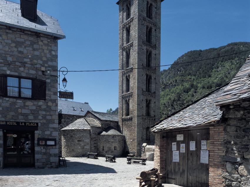 Centre històric d'Erill la Vall.