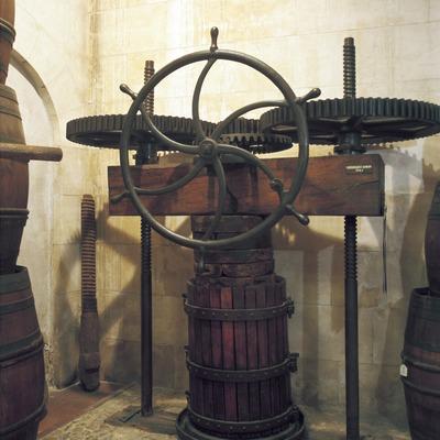 Presse mécanique du Musée des cultures du vin de Catalogne (VINSEUM)  (Imagen M.A.S.)