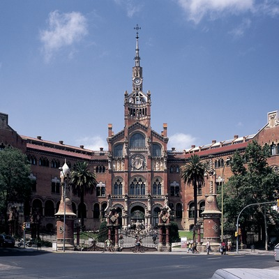 Barcelona: A modernist jewel. Nature and architecture living in harmony