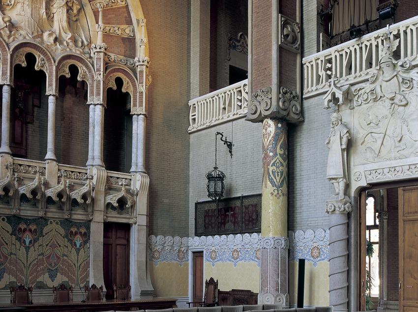 Sala de actos del hospital de Sant Pau de Domènech i Montaner.
