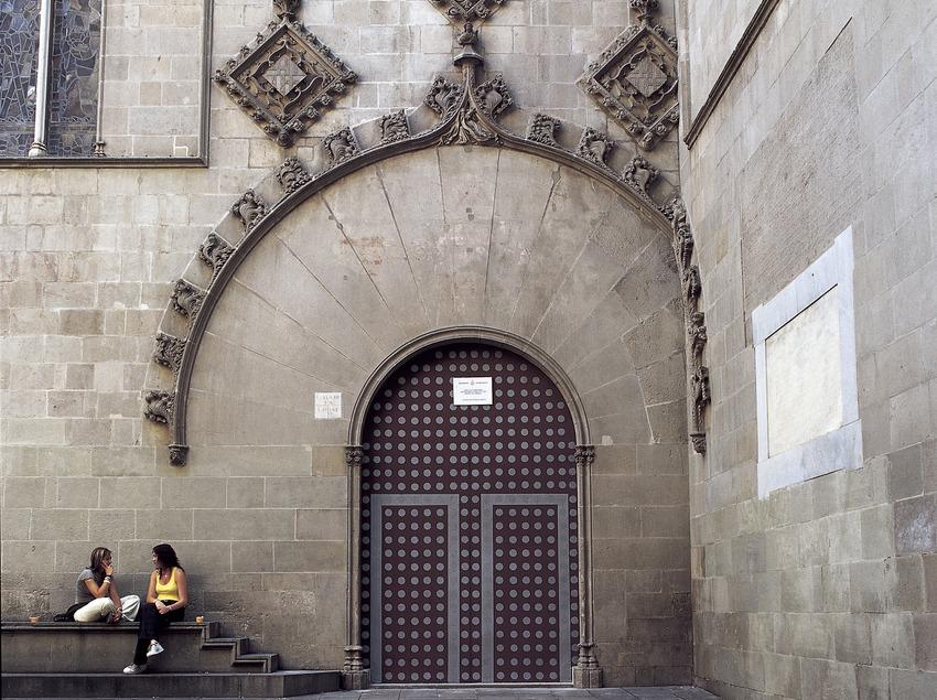 Façana gòtica (segle XIV). Arnau Bargués. Ajuntament de la ciutat.  (Imagen M.A.S.)