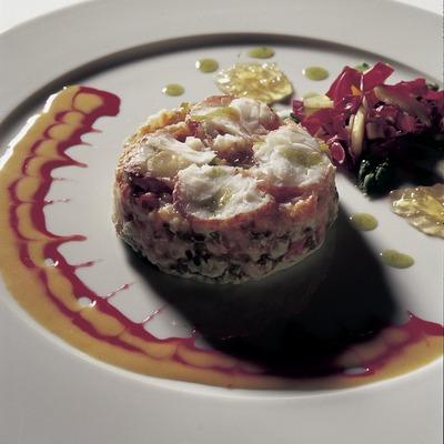 Tàrtar vegetal amb llamàntol al mascarpone elaborat a la cuina del restaurant Jaume de Provença.