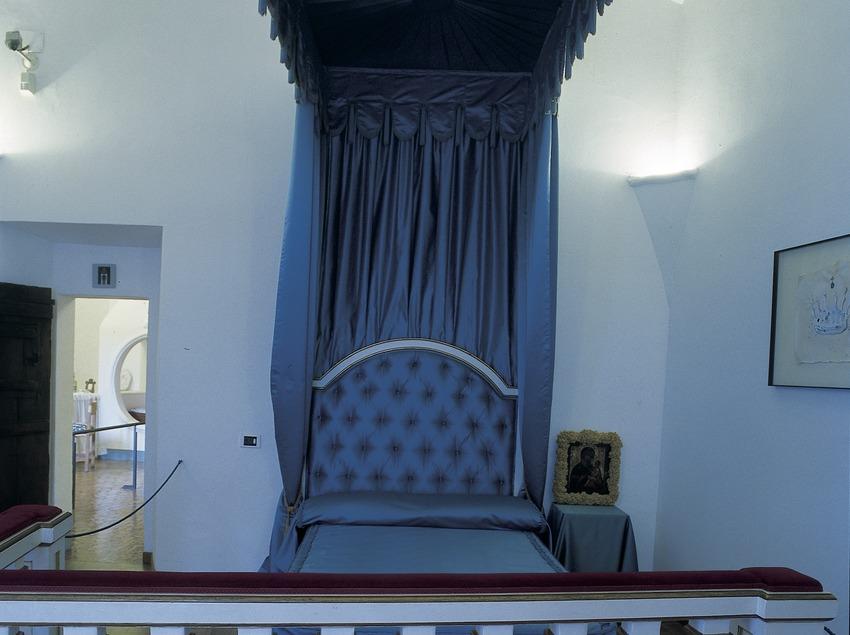 Bedroom in the House-Museum Gala Dalí Castle in Púbol  (Imagen M.A.S.)