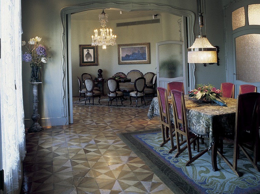 Столовая и зал в доме Мила (Ла-Педрере). (Imagen M.A.S.)