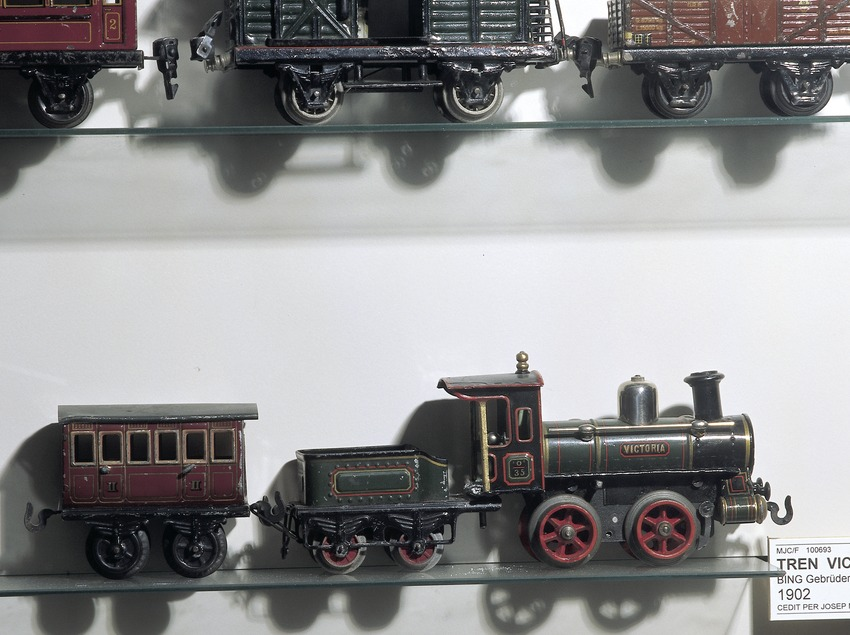 Locomotora y vagones. Museo del Juguete de Catalunya.  (Imagen M.A.S.)