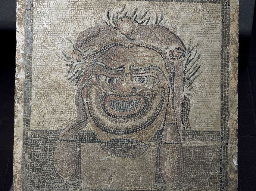 Theatrical mask in a mosaic. Archaeology Museum of Catalonia-Empúries.  (Imagen M.A.S.)
