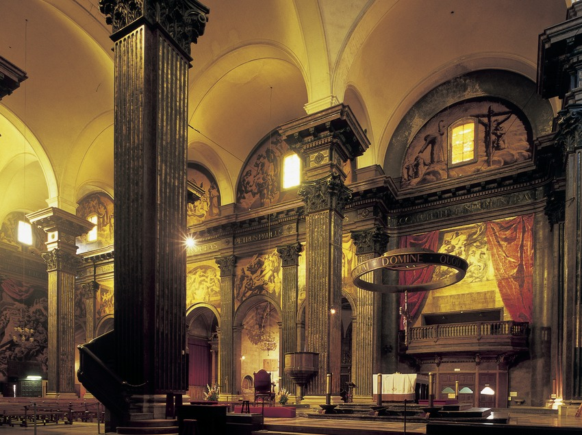 Vista lateral del presbiteri de la catedral de Sant Pere. (Imagen M.A.S.)