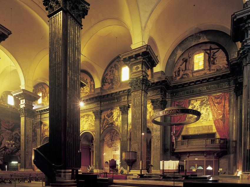 Vista lateral del presbiterio de la catedral de Sant Pere. (Imagen M.A.S.)