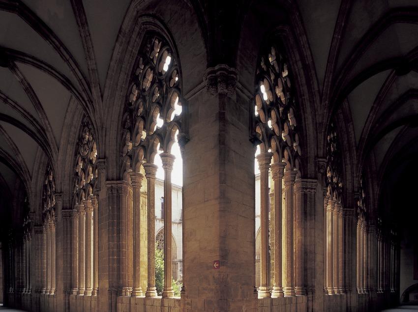 Клуатр кафедрального собора Святого Петра. (Imagen M.A.S.)