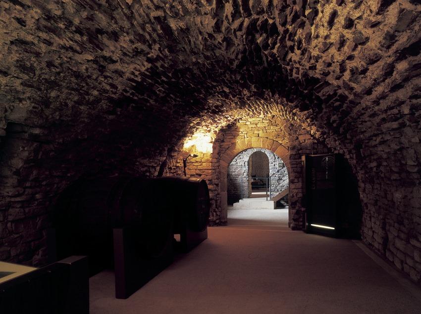 Bodega del monasterio de Sant Pere de Casserres (Imagen M.A.S.)