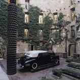 Cadillac in the central patio of the Dali Theatre-Museum.