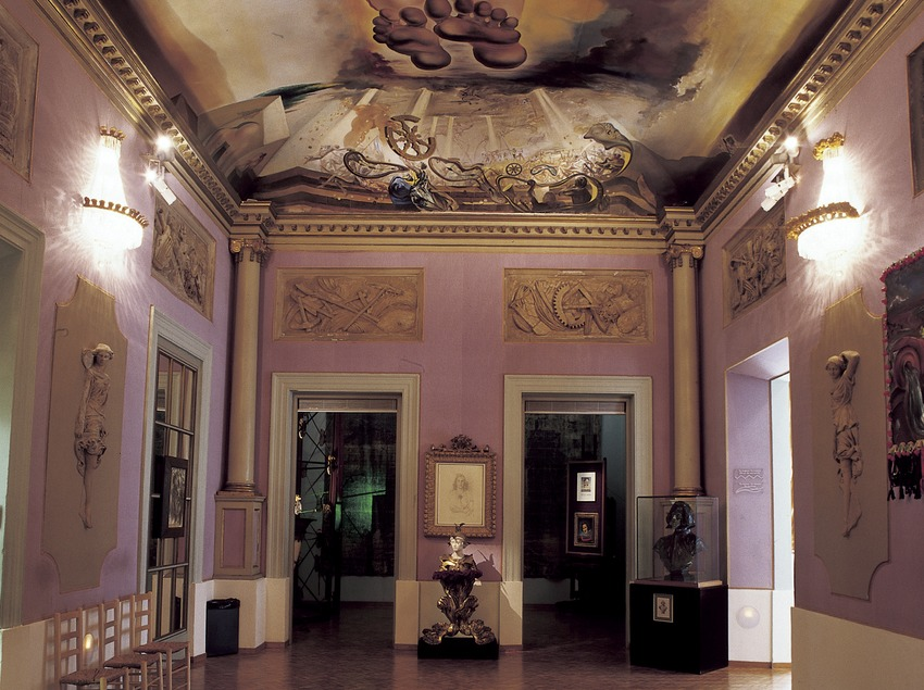 Sala Palau del Vent al Teatre-Museu Dalí.  (Imagen M.A.S.)