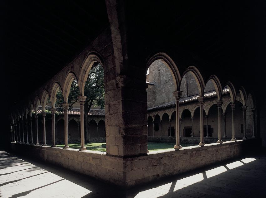 Claustro del monasterio de Sant Joan de les Abadesses  (Imagen M.A.S.)