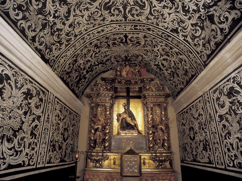 Capella del Santíssim i retaule de La Pietat (1706). Josep Sala i Gener. Monestir de Sant Cugat d'Octavià  (Imagen M.A.S.)