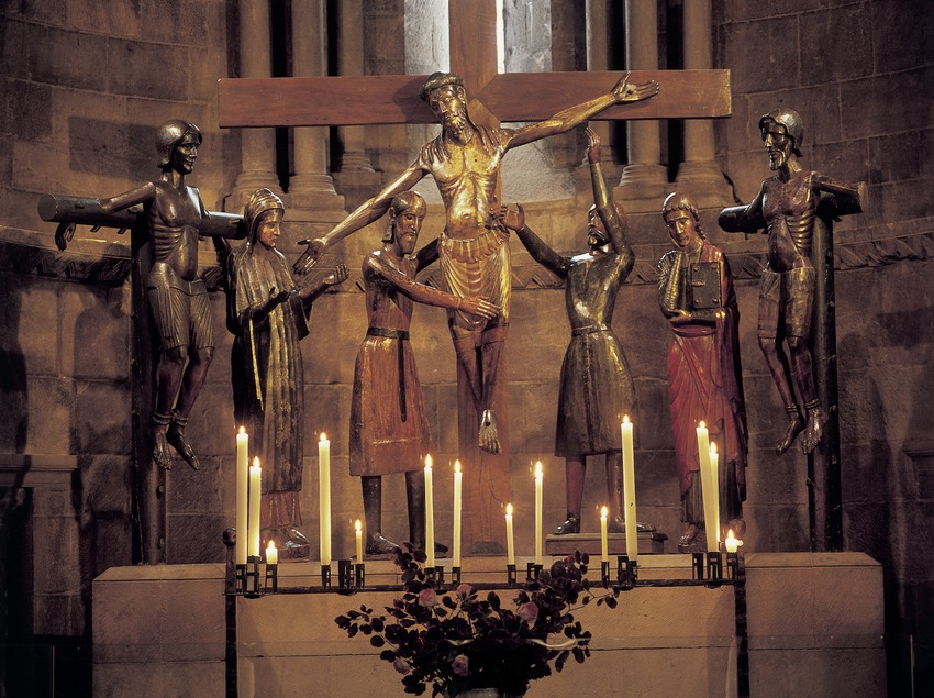 Conjunt escultòric del Descendiment (1250) a l'església del monestir de Sant Joan de les Abadesses  (Imagen M.A.S.)