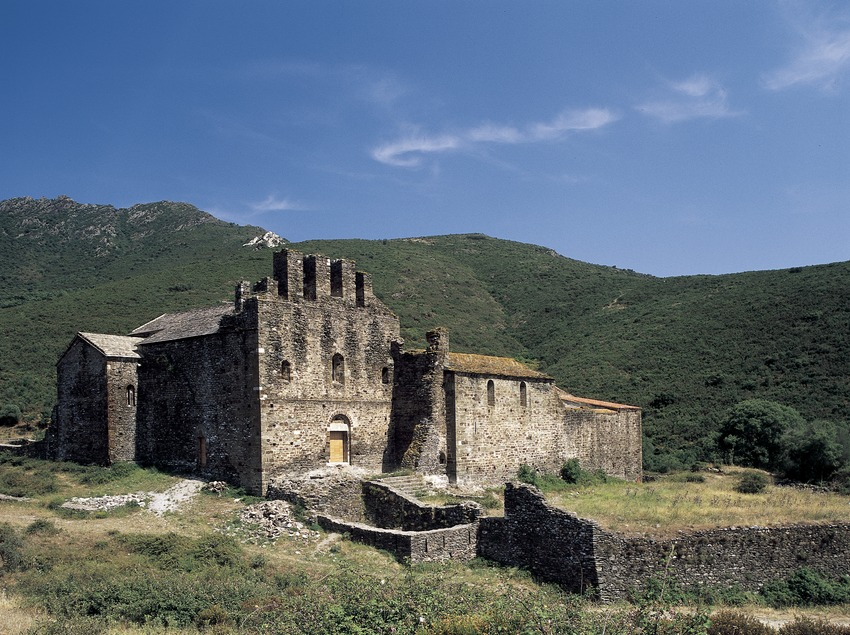 Monasterio de Sant Quirze de Colera  (Imagen M.A.S.)